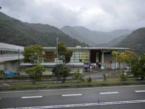 雨の道の駅あさご_20171007