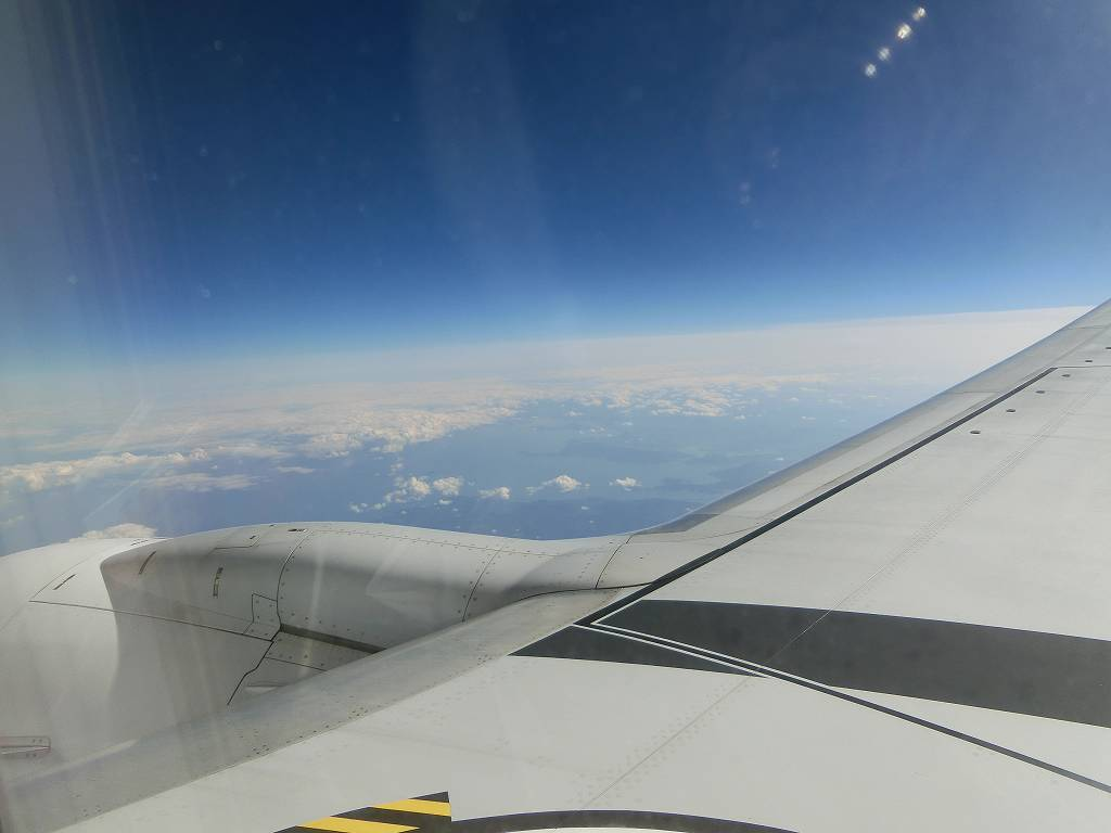 飛行機の窓から_171117