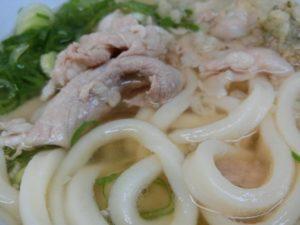 肉うどんアップ_171202