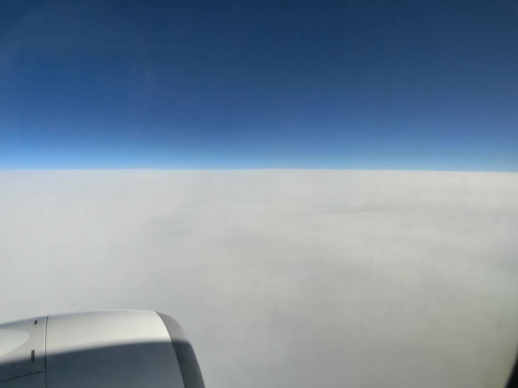 飛行機の窓から_171208