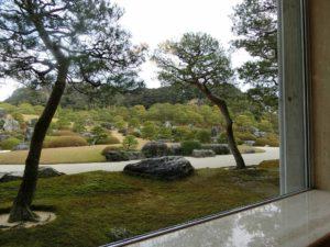 喫茶室翆から望む日本庭園_171223