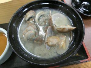昼定食の貝汁_180225