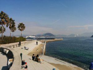ホテル前の海岸_1_180304