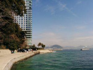 ホテル前の海岸_2_180304