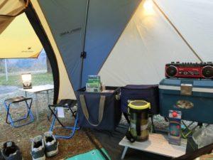 テント内から前室を望む_2_180324