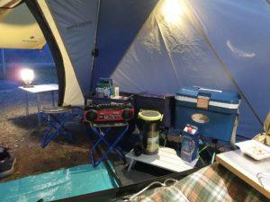 テント内から前室を望む_3_180324
