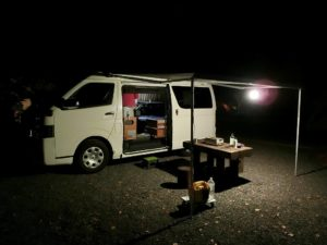夜のキャンプ場_180504