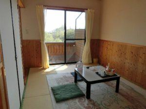 阿蘇鶴温泉ロッジ村の7畳和室_180429