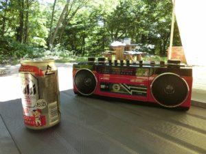 ラジカセ聴きながらビール_180616