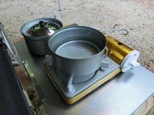 クッカーでお湯を沸かす_180617