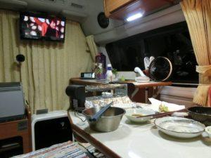 YouTubeを見ながら夕食_180623