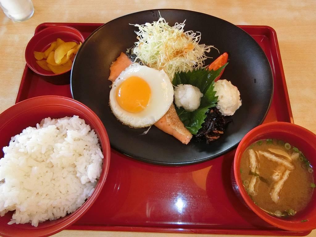 七種の和朝食_180812