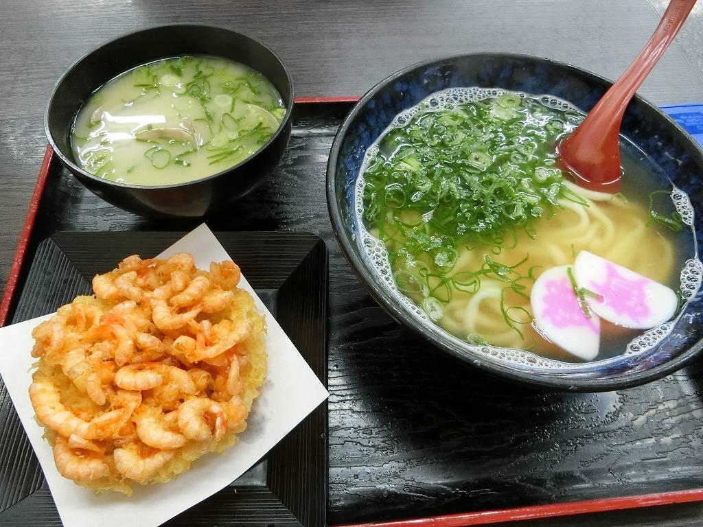 えび天うどん_440円と貝汁190円_181007
