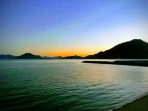 朝の海_181021