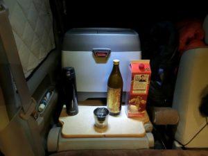 冷蔵庫と焼酎コーナー_190105