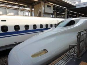 新幹線で博多へ_181219