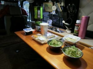 軽キャンKONGで朝食_1_190210