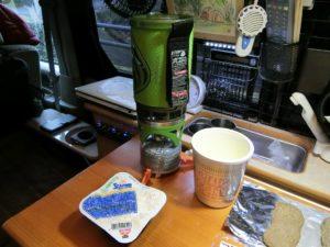 軽キャンKONGで朝食_2_190210