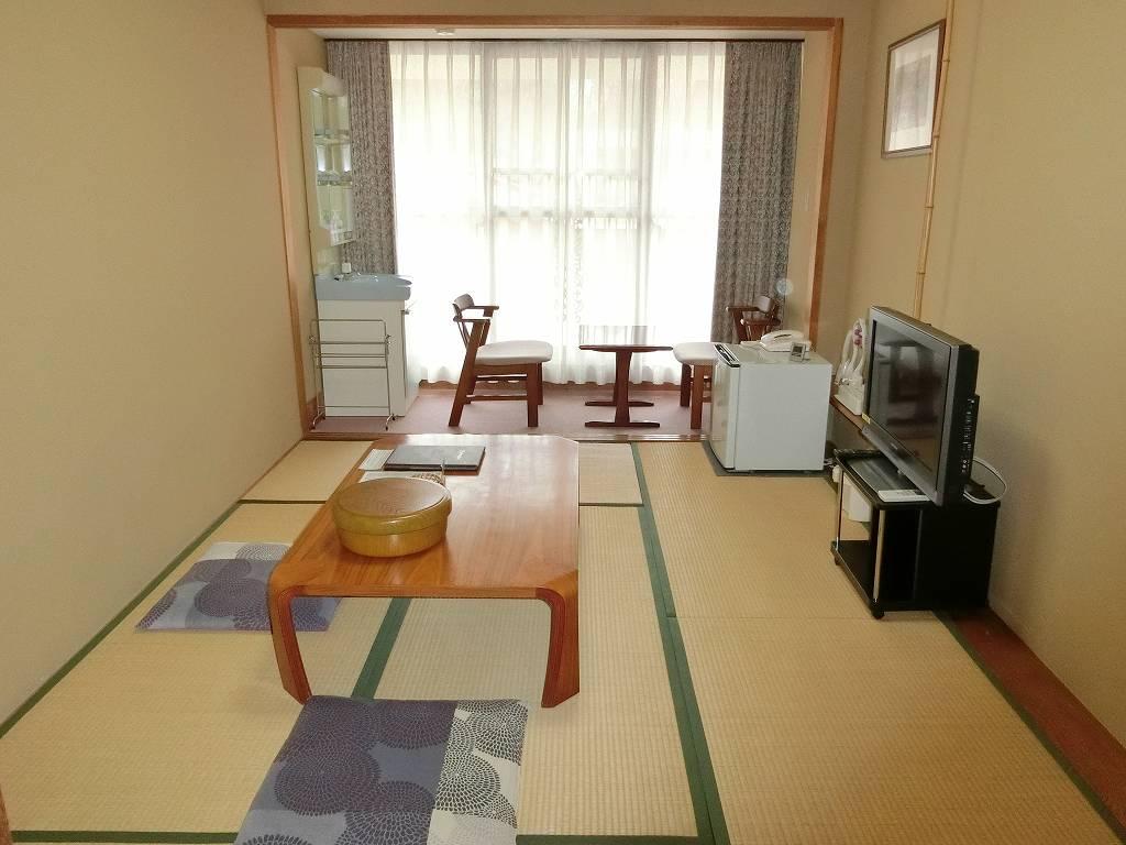 野呂高原ロッジの和室6畳_190302