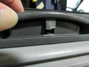WAECO_CDF-18の蓋のラッチが折れた_3