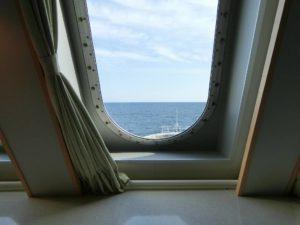 新日本海フェリー_あかしあ_ステートBツイン_窓からの景色_180428