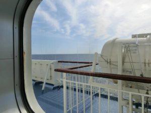 新日本海フェリー_あかしあ_ステートBツイン_窓からの景色_2_180428