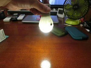 ダイソー電球型ライト_6_190713