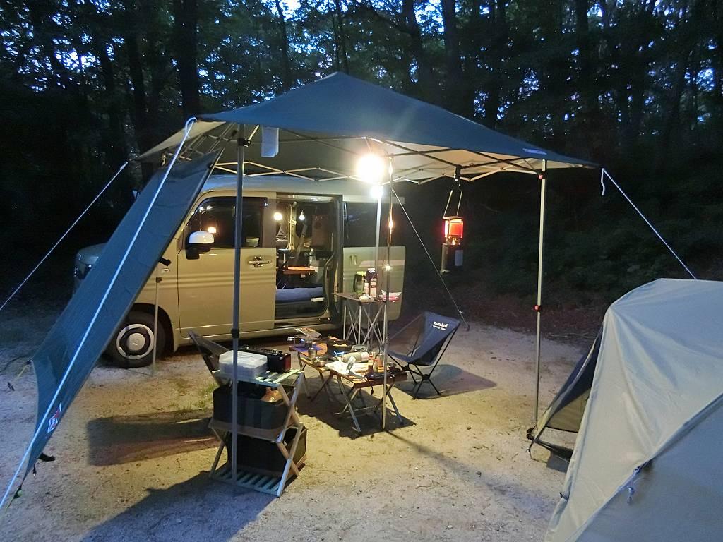 N-VANで車中泊キャンプ_夜の風景_190803