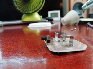 ダイソー電球型ライトを分解_2_190716
