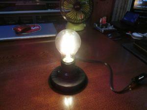 LED電球を点灯_190814