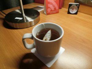 紅茶で朝のひととき_191015