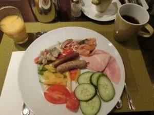 ホテルの朝食_1_191016